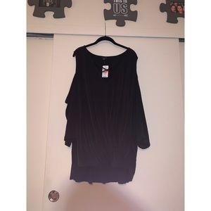 Black torrid sleeveless cold shoulder top